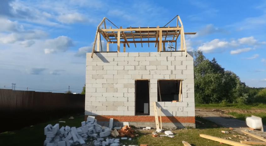 Крыша в процессе строительства
