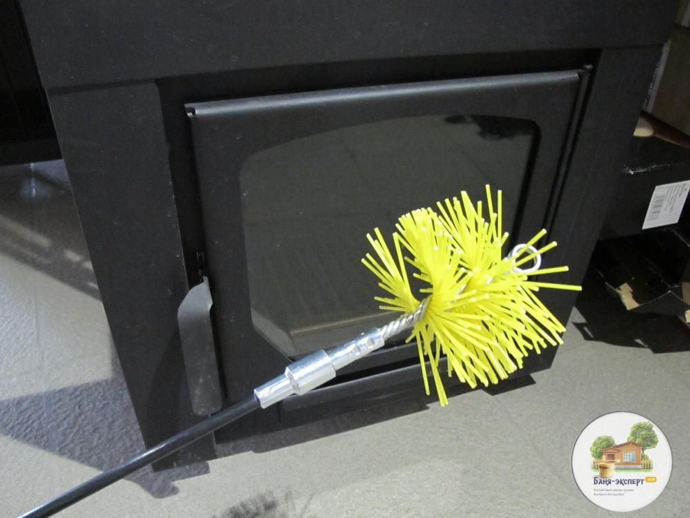 На фото показано, как прикрутить щетку