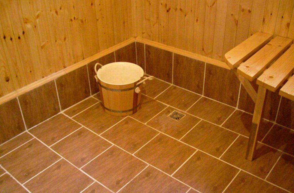 Пол из кафельной плитки в бане